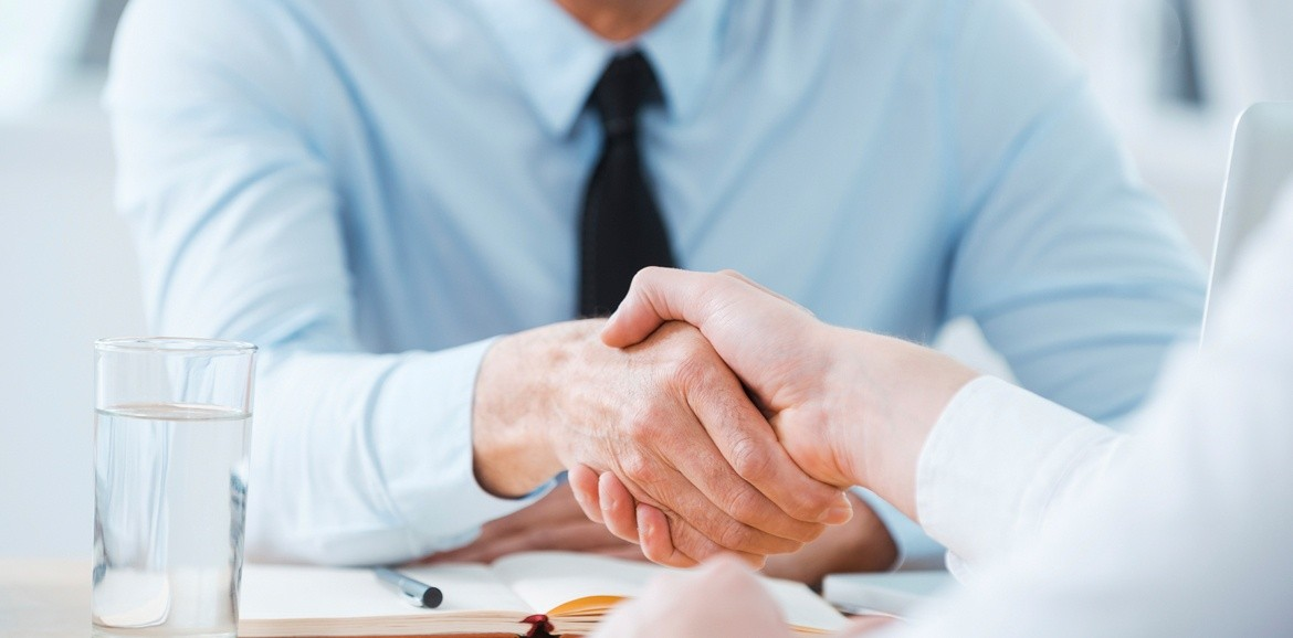 4_Tips_for_Interviewing_and_Hiring_Great_Sales_Reps