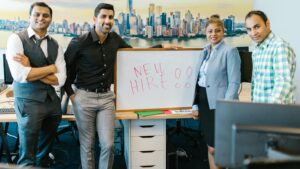 benefits of hiring sales rep with no experience