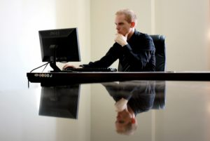 Toronto sales headhunters help you choose which sales job is right for you