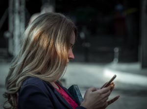 Toronto sales recruiters advise on how to text clients